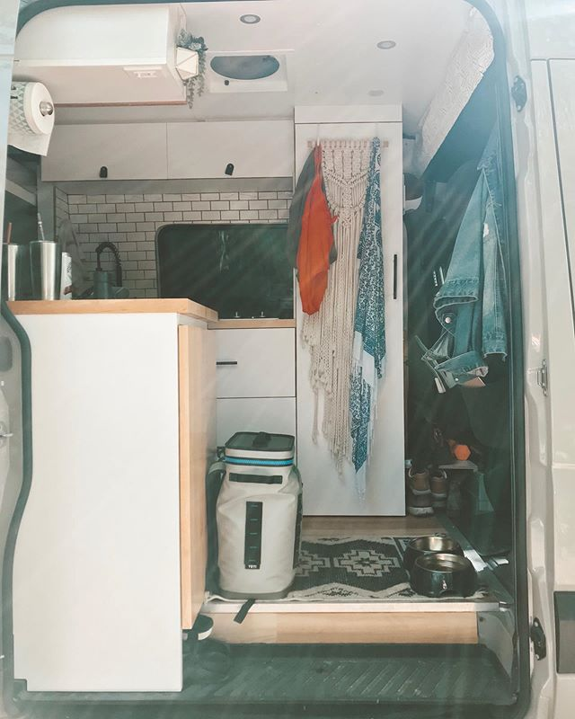 Summertime in the van means a constant stream of bathing suits hung up to dry and a Yeti full of ice (for cocktails, of course). It also means dodging 95 degree weather and the ice melting way quicker than it should but I think we can handle lukewarm beer, right? Maybe? 😉