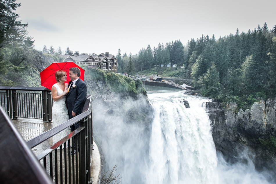 Jared M. Burns - Salish Lodge at Snoqualmie Falls Wedding Photographer 003