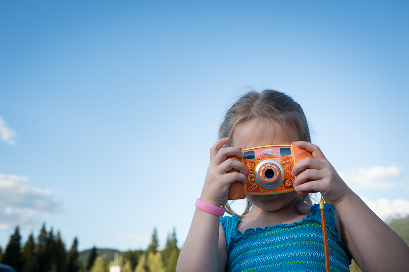 Snohomish Family Photographer - Girl with Camera 7