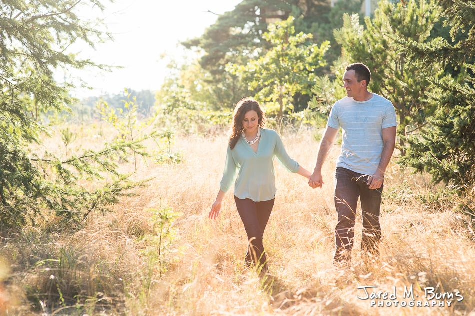 Jared M Burns Photography - Edmonds Fall Family Portrait in Field.jpg