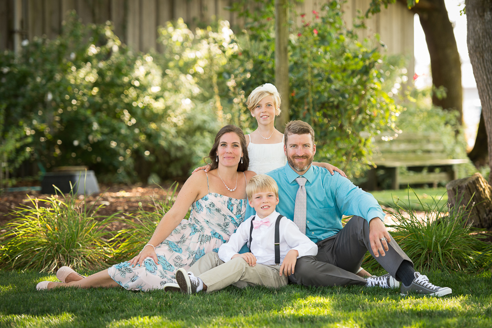 Jared M Burns early summer family portraits outdoors.jpg