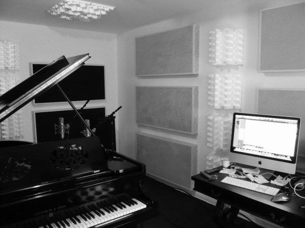 Van Lue private home studio