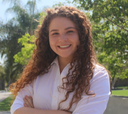 Talia Caya  - Talia graduated in Spring 2019 with a bachelors degree in Marketing from the Hilton College of Business Administration. She is currently finishing up her Marketing Internship with Sodexo Hospitality in Los Angeles, CA. -   LinkedIn