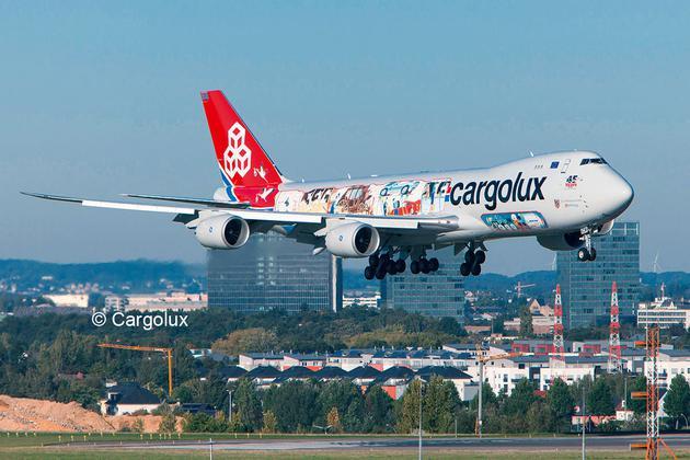 """4949  Boeing 747-8F """"Cargolux, Cutaway"""" Limited Edition"""
