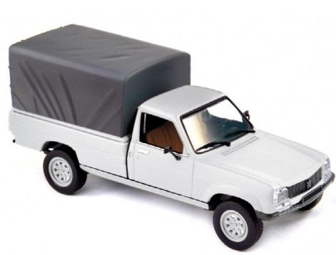 475449  Peugeot 504 Pick-Up 1985, wit, Norev