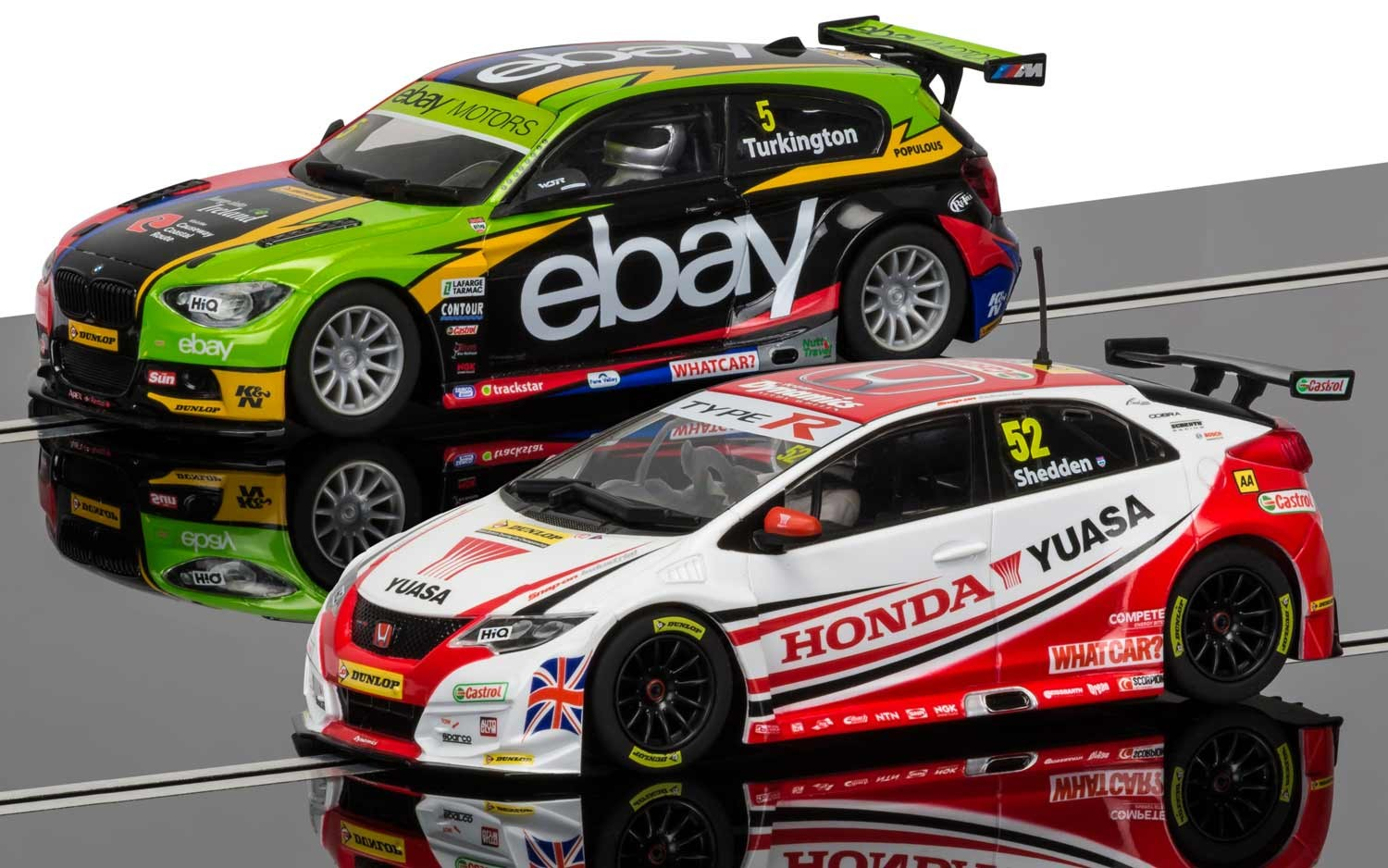 3694A    British Touring Car Championship 2014 & 2015, Scalextric