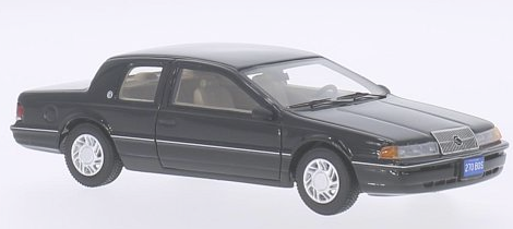 bos43270  Mercury Cougar LS 1991, zwart, Bos