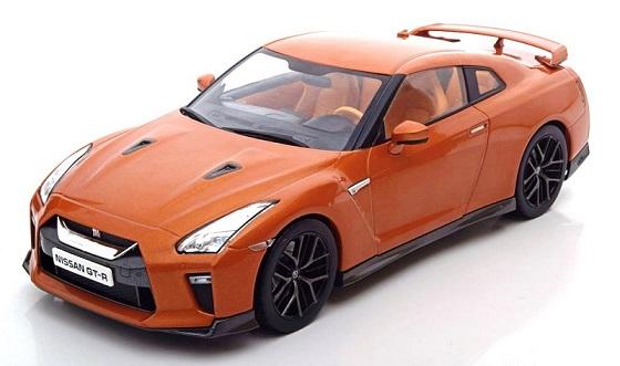 T9-1800198  Nissan GT-R 2017, oranje, Triple 9