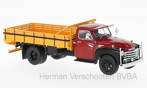 WB193  Chevrolet 6400, rood, Whitebox
