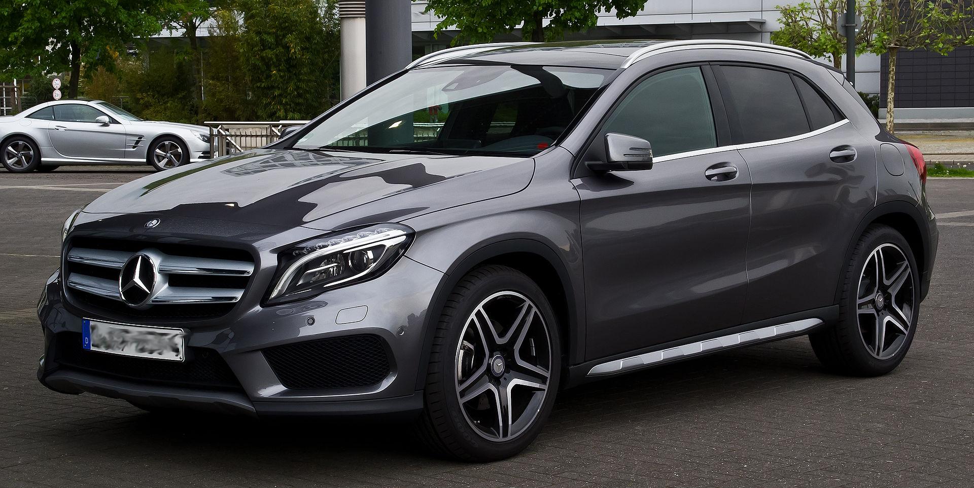 B66960542  Mercedes-Benz GLA MOPF (X156) 2017, grijs, Spark