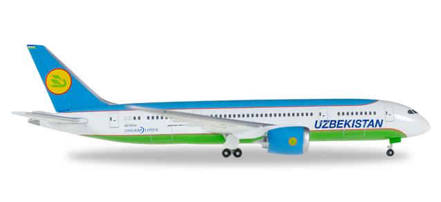 """530040  Boeing 787-8 Dreamliner """"Uzbekistan Airways"""", Herpa Wings"""