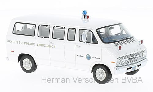 "46940  Dodge Sportsman ""San Diego Police Ambulance"", Neoscale Models"
