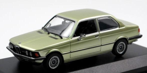 940025470  BMW 323i 1975, groen met., Minichamps/Maxichamps