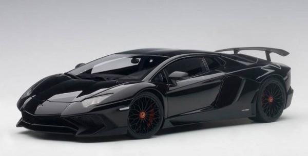 74556  Lamborghini Aventador LP750-4 SV, nero aldebaran/gloss black, Auto Art