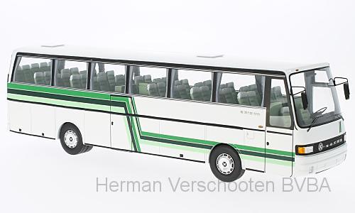 45370  Setra Kässbohrer 200/215, wit/groen, Neoscale Models