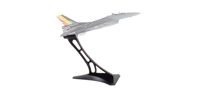 580144  F-16 stand, Herpa Wings