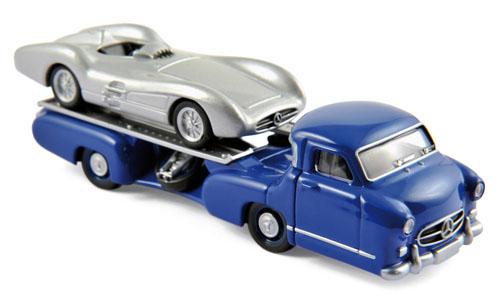311000  Mercedes-Benz Racetransporter + Mercedes W196, Norev