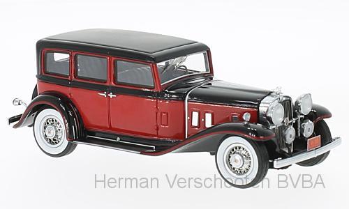 46595  Stutz SV-16 Sedan, rood/zwart, Neoscale Models