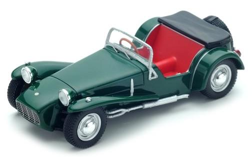 S2222  Lotus Seven S2 1960, donkergroen, Spark