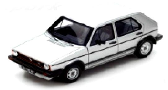 S3213  Volkswagen Golf GTi 1982 4 doors, lichtgrijs, Spark