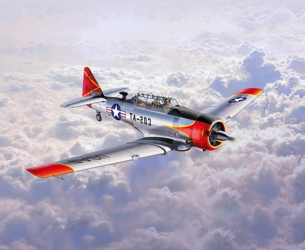 3924  T-6 G Texan, Revell