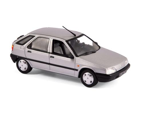 154103  Citroën ZX zilver 1991, Norev