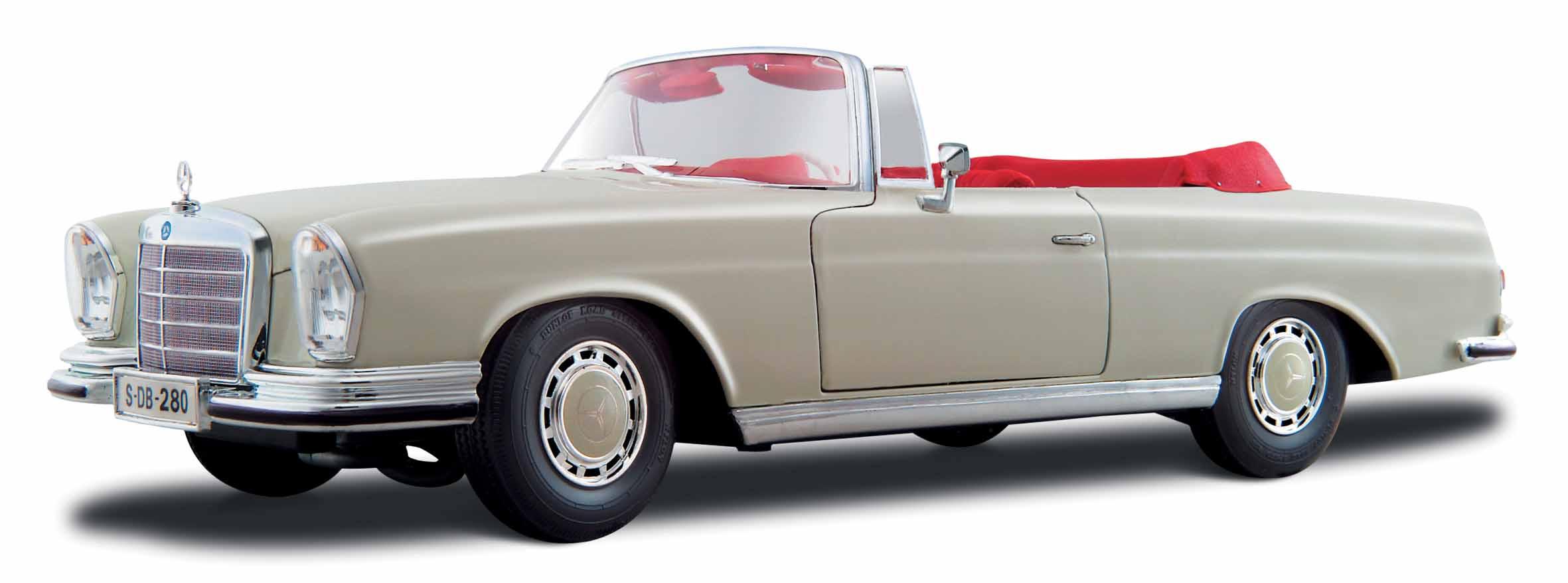 31811  1967 Mercedes-Benz 280SE, crème, Maisto