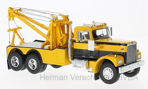 45772  Diamond Reo, Tow Truck, geel/zwart, Neoscale Models