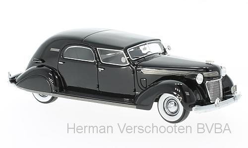 46766  Chrysler Imperial C-15 Le Baron Town Car, zwart, Neoscale Models