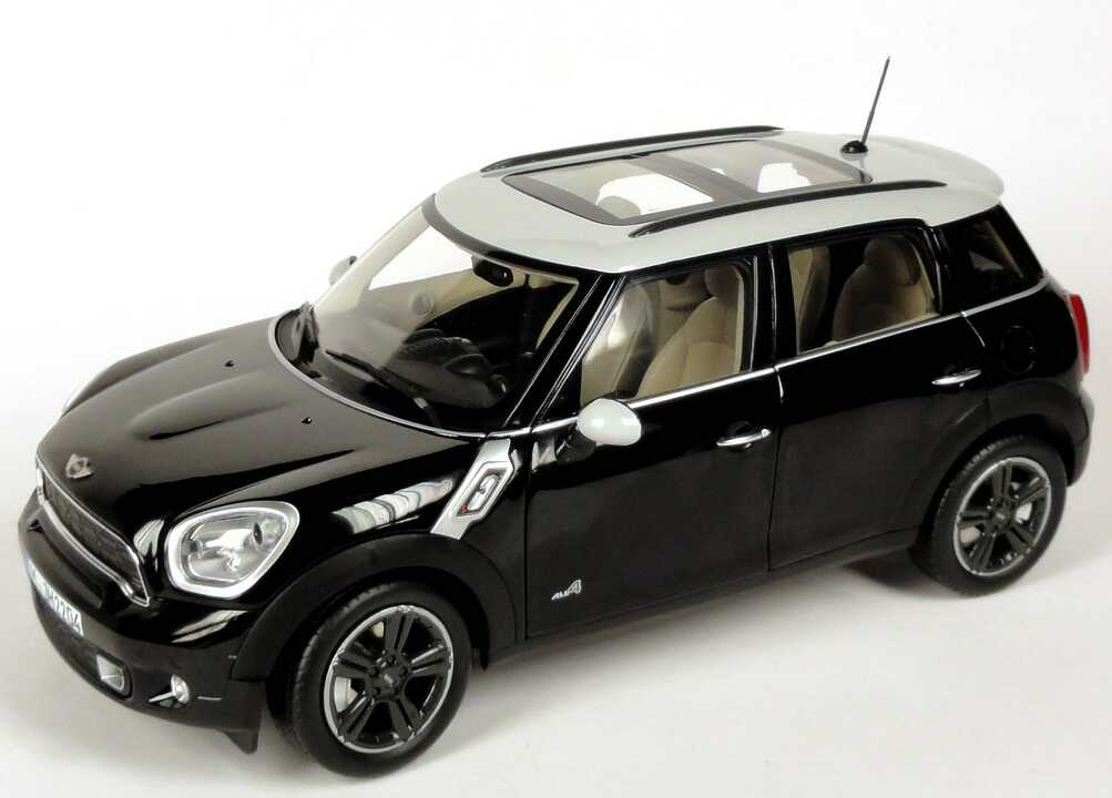 80432182316    Mini Cooper Countryman Hatch, Absolute Black, Norev