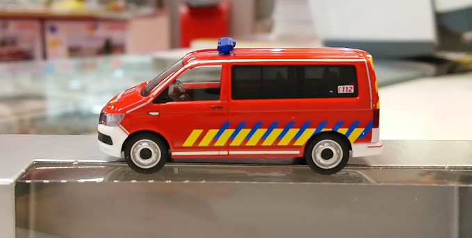 """930963  VW T6 """"Belgische Brandweer (B)"""", Herpa"""