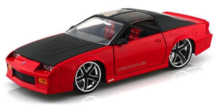 96763  1985 Chevy Camaro, rood/zwart, Jada Toys