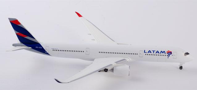 """532754 Airbus A350-900 """"LATAM Brasil"""", Herpa Wings"""