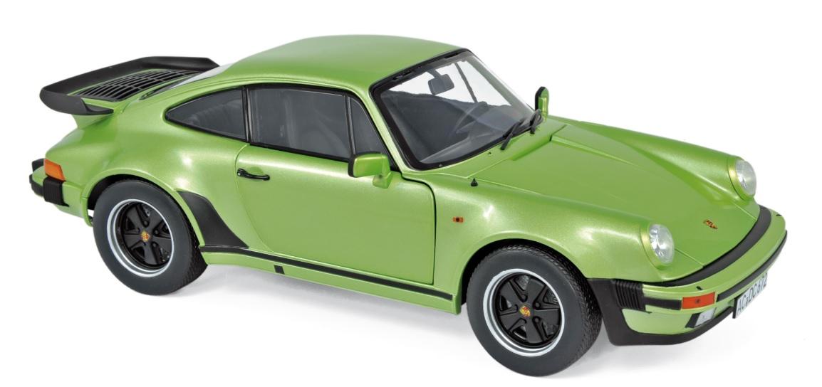 187577 Porsche 911 Turbo 3.3 1978, zilvergroen, Norev