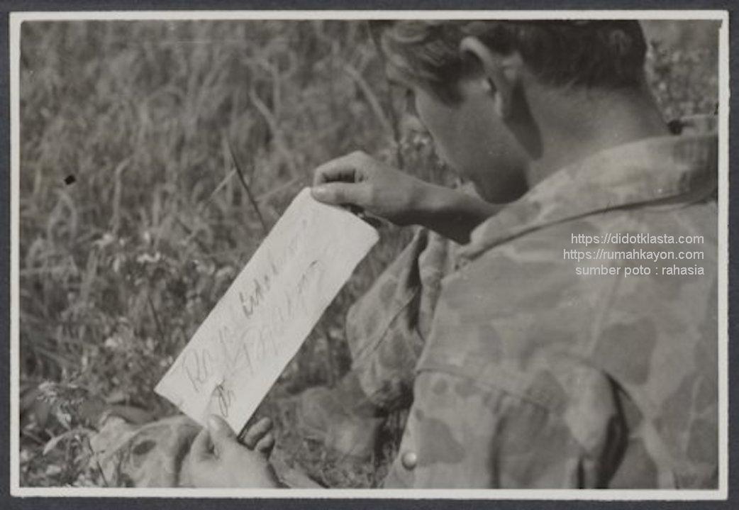 Dimasa sebelum Agresi Militer II, gerilyawan republik melancarkan psywar dengan mengirimkan surat-surat pemberitahuan bahwa mereka telah menanam ranjau di pemukiman sipil sekitar Salatiga yang dikuasai Belanda. Juli 1948.