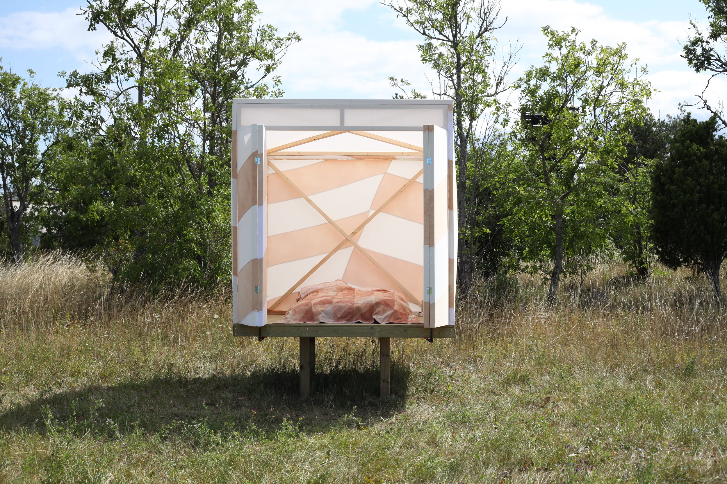 Patchwork Dazzle Cabin // Designers on Holiday 2019
