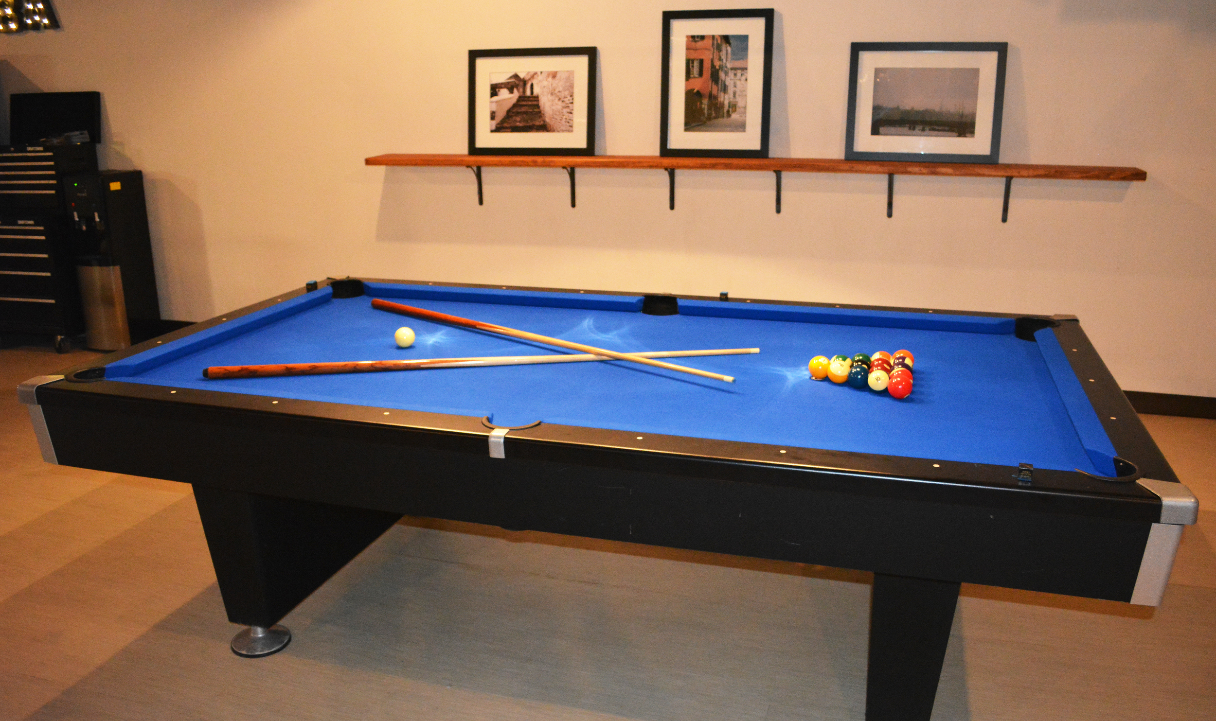 pool table 2 web.jpg