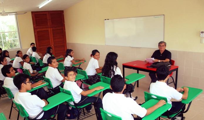 alumnos en escuela.jpg