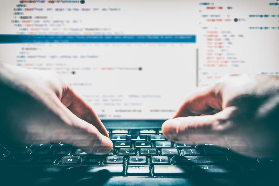 Coding Boot Camp, es un programa de aprendizaje intensivo que busca brindar mayores oportunidades laborales en el desarrollo web de México. - Imagen: Bigstockphoto