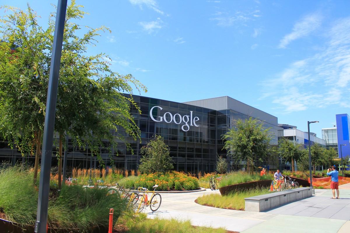 Google dio a conocer el rediseño de Classroom, el más grande desde su lanzamiento, con nuevas formas de organizar tus clases, retroalimentación más rápida y personalizada y otras funcionalidades. -