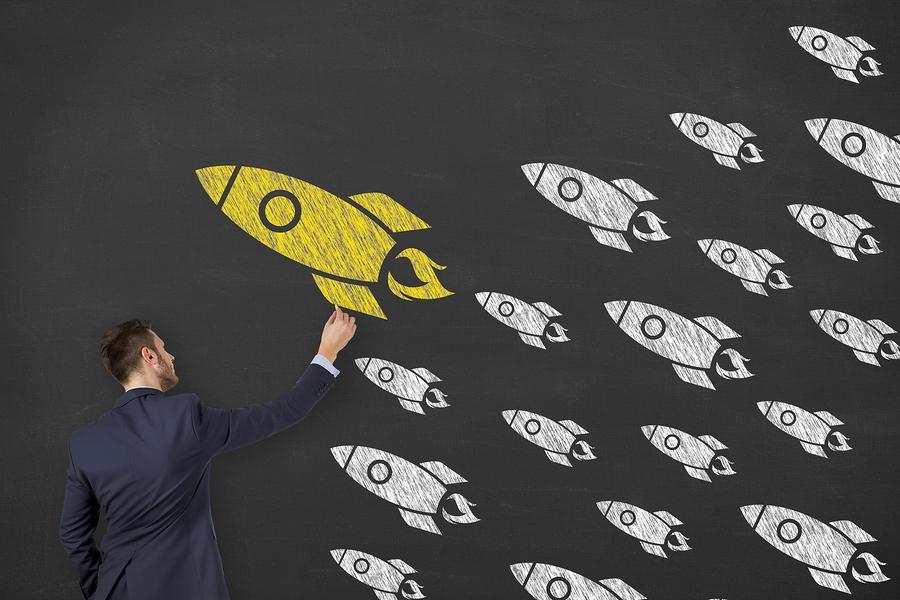 Una investigación define el perfil de los nuevos directivos educativos: líderes que promueven el aprendizaje híbrido, el aprendizaje personalizado y empoderan a los docentes. - Imagen: Bigstock