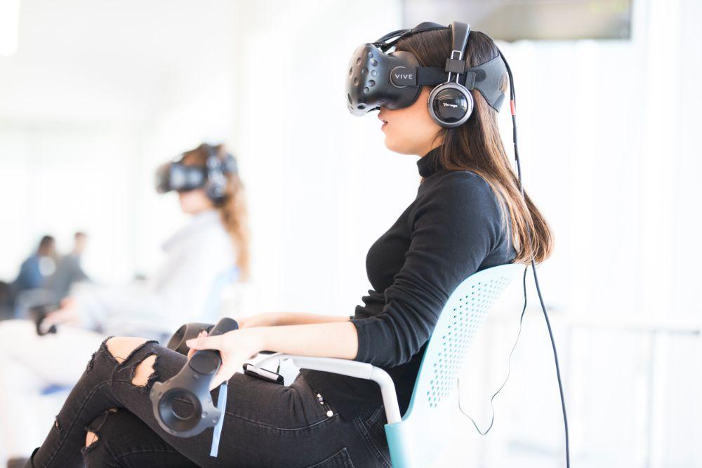 Esta sería la primera vez en Latinoamérica que una clase curricular se realiza completamente aprovechando la realidad virtual. - Foto: Tecnológico de Monterrey