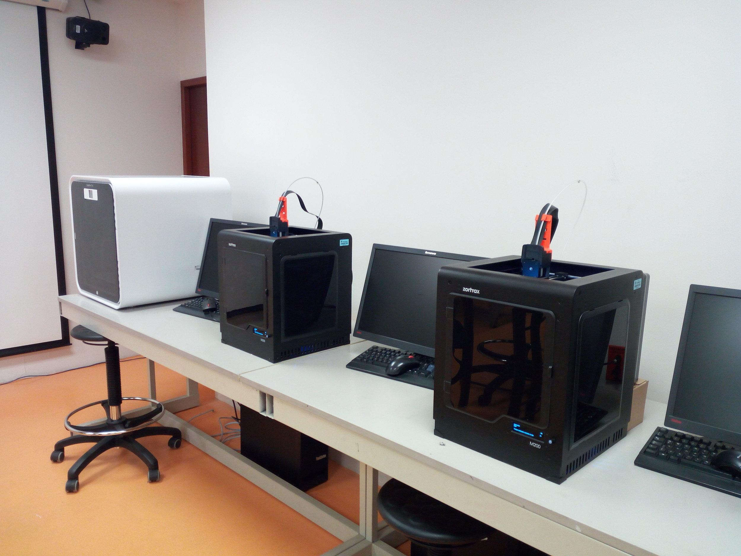 Equipos de impresión_3D.jpg