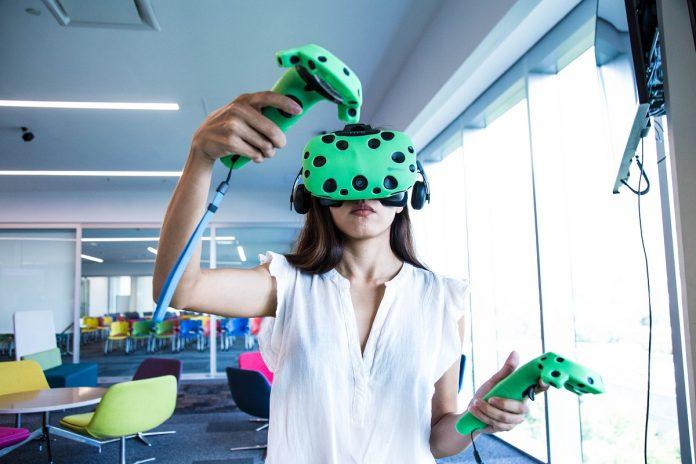 Cerca de 20,000 alumnos a nivel nacional podrán experimentar el aprendizaje inmersivo en las siete Zonas VR. - Fotografías por: Alejandro Salazar / Tec de Monterrey.