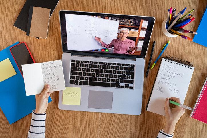 Se deberá adaptar el modelo VARK a las clases en línea? — Observatorio de  Innovación Educativa