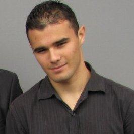Expositor: Allan Chacón.  Software Developer and Training Program Supervisor de Sapiens Software.
