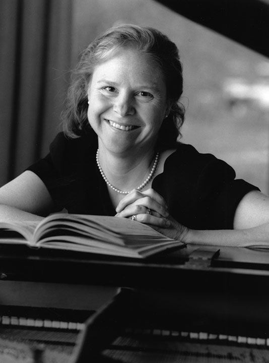 "<div class=""ch"">Sarah Gray Megan; faculty 1989–2005; Director of Music </div>"