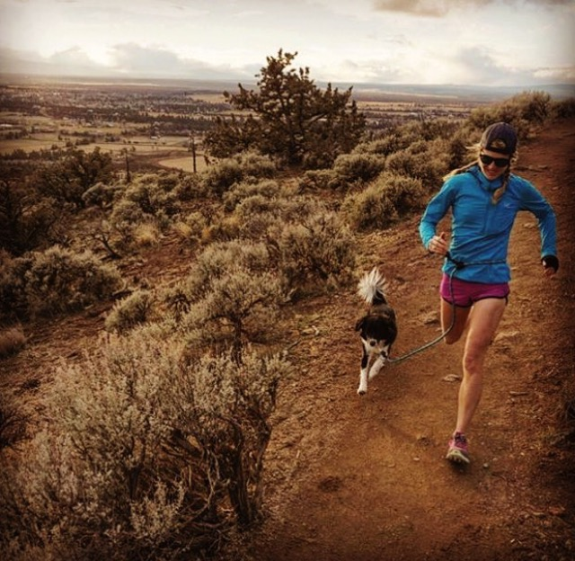 running-dog-leash.jpg