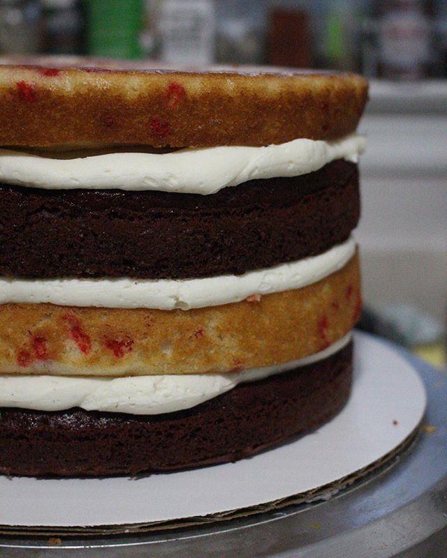 before ✨ red velvet + red funfetti + cheesecake filling + vanilla buttercream