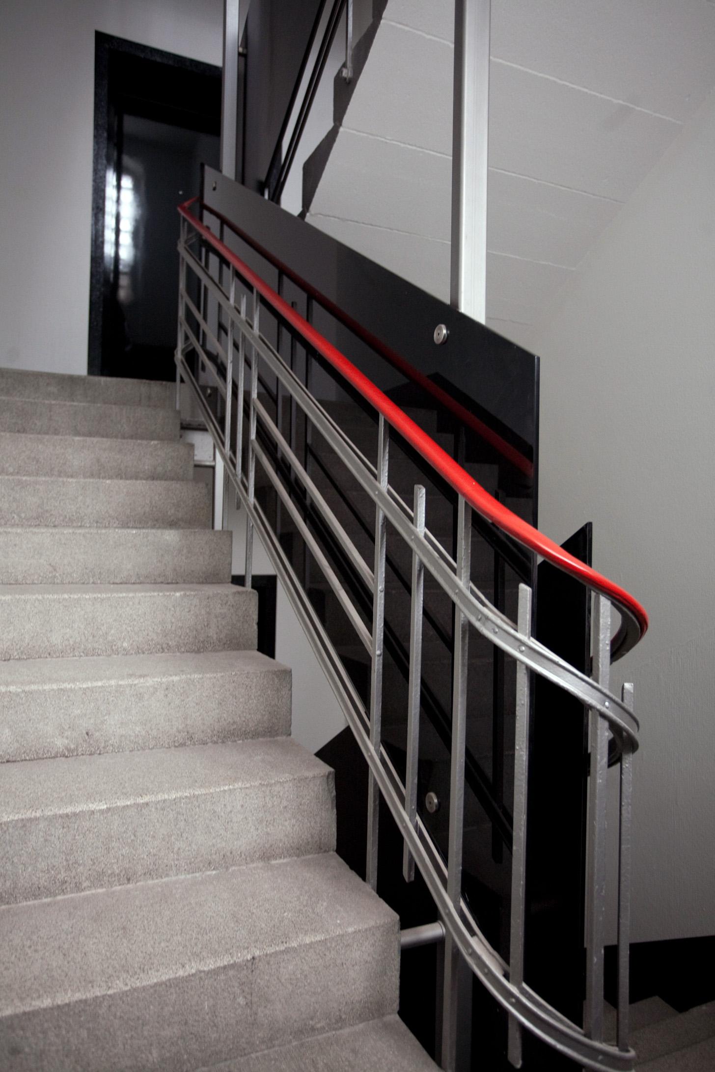 Weimarst 11_Treppe.jpg